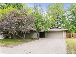 Photo of 8835 SW BOMAR CT, Portland, OR 97223 (MLS # 19694671)