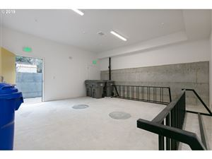 Tiny photo for 1525 N WEBSTER ST, Portland, OR 97217 (MLS # 19453674)