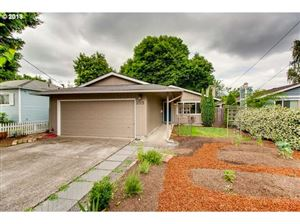 Photo of 3725 SE 71ST AVE, Portland, OR 97206 (MLS # 19316675)