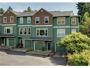 Photo of 2850 SW MULTNOMAH BLVD, Portland, OR 97219 (MLS # 19332675)