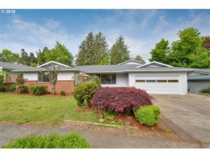 Photo of 1109 SE 213TH AVE, Gresham, OR 97030 (MLS # 19008678)