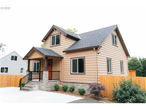 Photo of 9850 SW 37TH AVE, Portland, OR 97219 (MLS # 19391678)