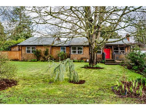 Photo of 1189 Beebe LN, Eugene, OR 97404 (MLS # 21436680)