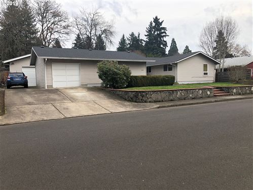 Photo of 5450 SW 183RD AVE, Beaverton, OR 97078 (MLS # 19481682)