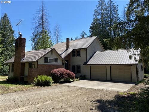 Photo of 30400 S CANDLELIGHT CT, Canby, OR 97013 (MLS # 20512682)