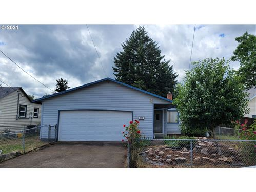 Photo of 5207 SE 64TH AVE, Portland, OR 97206 (MLS # 21342682)