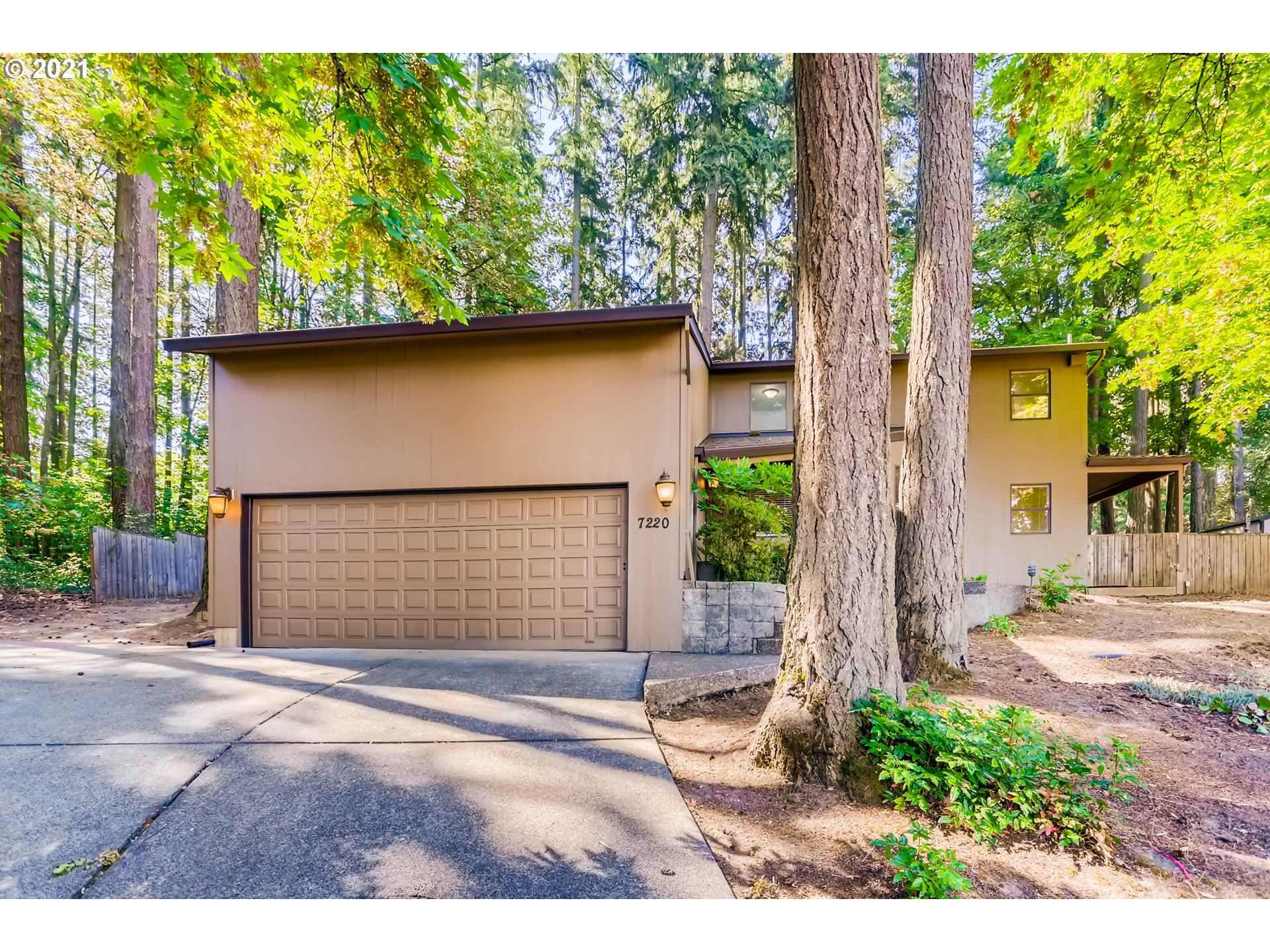 Photo of 7220 SW 182ND AVE, Aloha, OR 97007 (MLS # 21697684)
