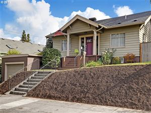 Photo of 4434 SE 34TH AVE, Portland, OR 97202 (MLS # 19577685)