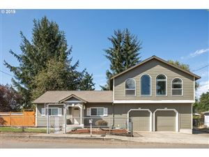 Photo of 7735 SE 66TH PL, Portland, OR 97206 (MLS # 19246686)