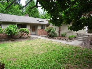 Photo of 5733 SW ORCHID CT, Portland, OR 97219 (MLS # 19493686)