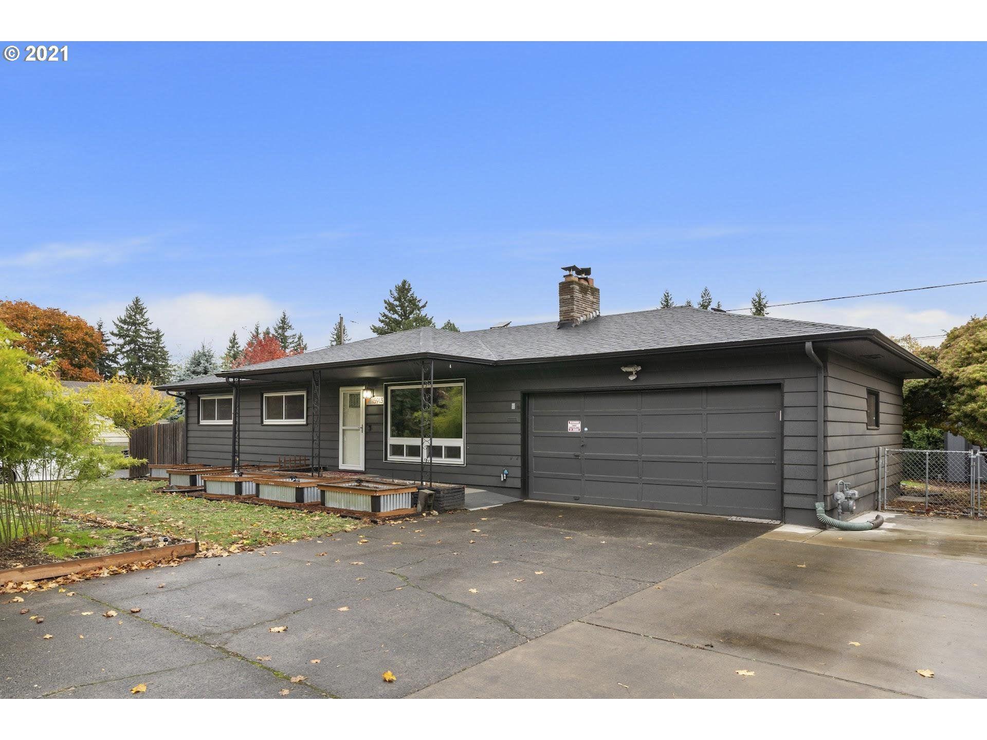 15913 SE GRANT ST, Portland, OR 97233 - MLS#: 21313689