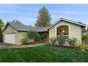 Photo of 1835 SW TAMARACK ST, McMinnville, OR 97128 (MLS # 19605691)