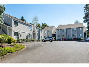 Photo of 13460 SW ALLEN BLVD, Beaverton, OR 97005 (MLS # 19438693)