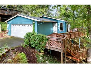 Photo of 4109 SW ALFRED ST, Portland, OR 97219 (MLS # 19338696)
