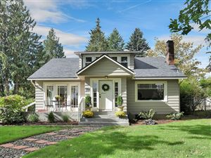 Photo of 9941 SW 37TH AVE, Portland, OR 97219 (MLS # 19601697)