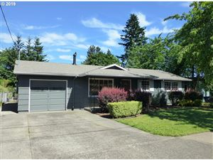 Photo of 8302 SE 75TH PL, Portland, OR 97206 (MLS # 19276698)