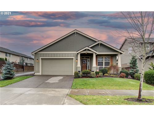 Photo of 351 N GREEN GABLES LOOP, Ridgefield, WA 98642 (MLS # 21206698)
