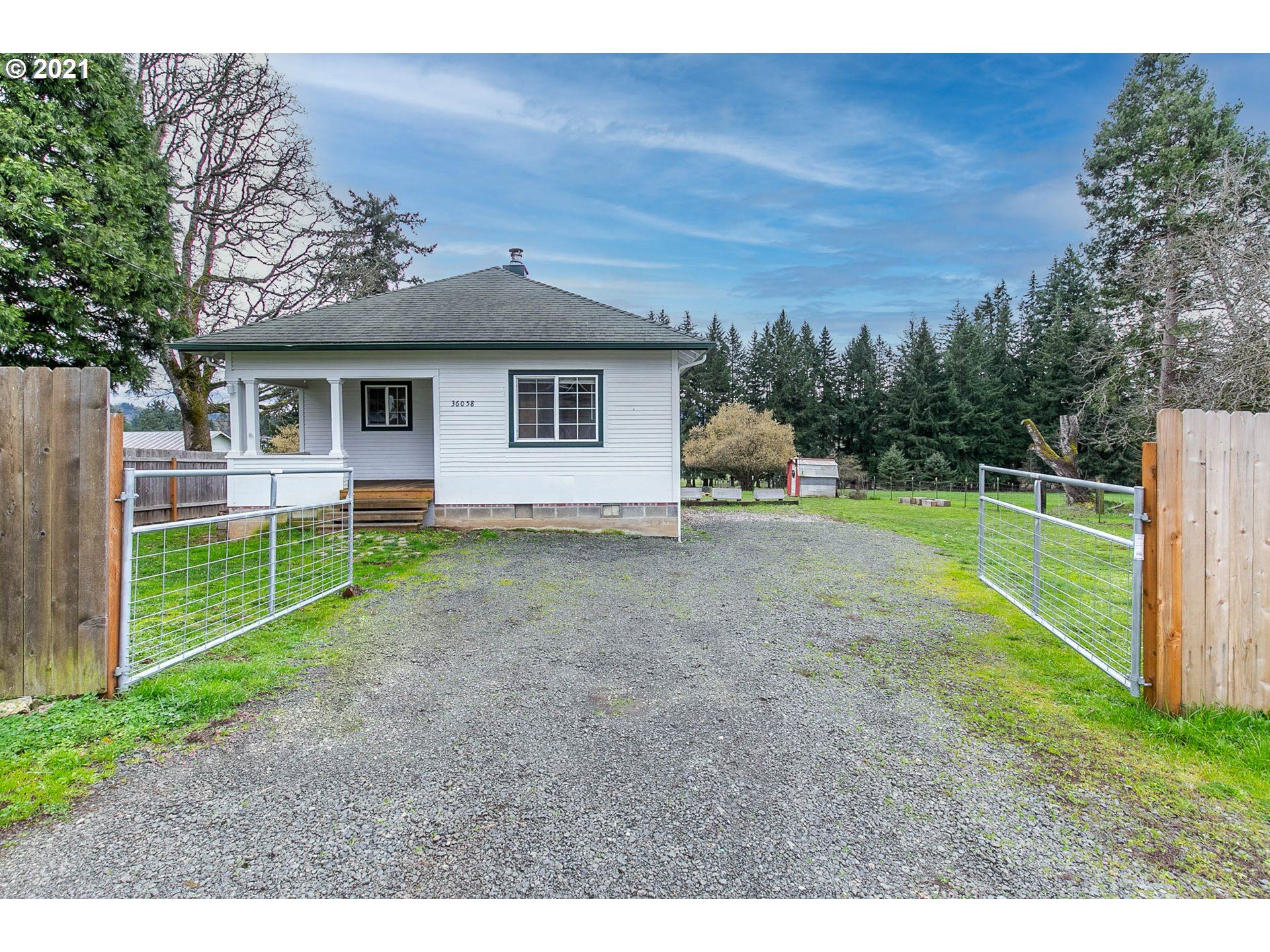 Photo for 36058 1ST ST, Pleasant Hill, OR 97455 (MLS # 21388699)