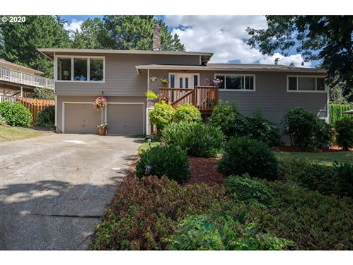 Photo of 10744 SE 95TH CT, Happy Valley, OR 97086 (MLS # 20114705)