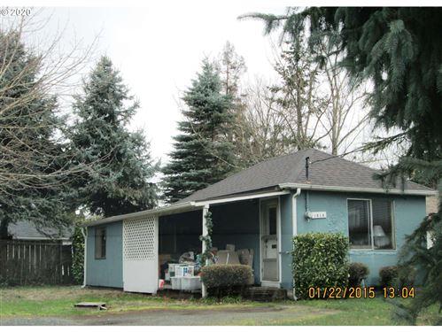 Photo of 1814 E 9TH ST, Vancouver, WA 98661 (MLS # 20572705)