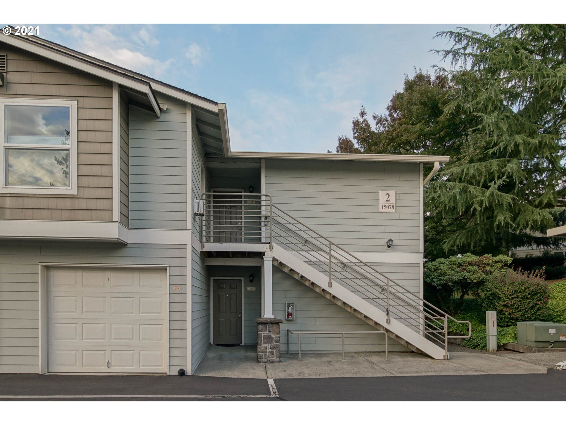 Photo of 15078 NW CENTRAL DR #211, Portland, OR 97229 (MLS # 21647706)
