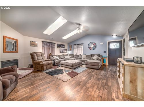 Tiny photo for 56 ALMOND WAY, Creswell, OR 97426 (MLS # 20027708)
