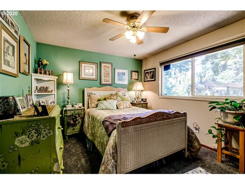 Tiny photo for 82148 RIVER DR, Creswell, OR 97426 (MLS # 20349709)