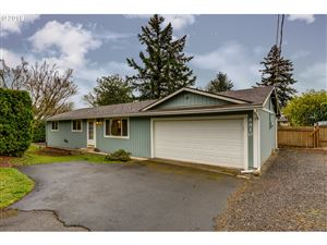 Photo of 8810 SE RURAL ST, Portland, OR 97266 (MLS # 19444712)