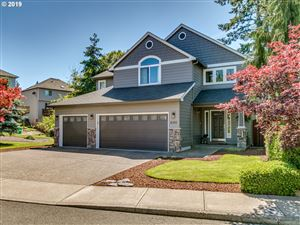 Photo of 8359 SE 141ST AVE, Portland, OR 97236 (MLS # 19393714)