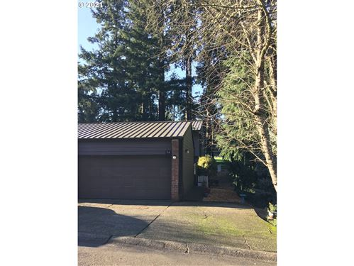 Photo of 1200 NE TERRITORIAL RD #54, Canby, OR 97013 (MLS # 21606715)
