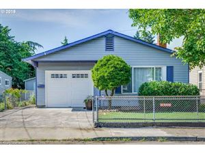 Photo of 8024 SE CARLTON ST, Portland, OR 97206 (MLS # 19102718)