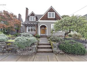 Photo of 1702 SE 59TH AVE, Portland, OR 97215 (MLS # 19123718)