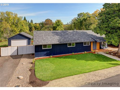 Photo of 10085 SW JOHNSON ST, Tigard, OR 97223 (MLS # 20390720)