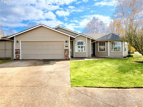 Photo of 776 SW MAGNOLIA CT, McMinnville, OR 97128 (MLS # 20156722)
