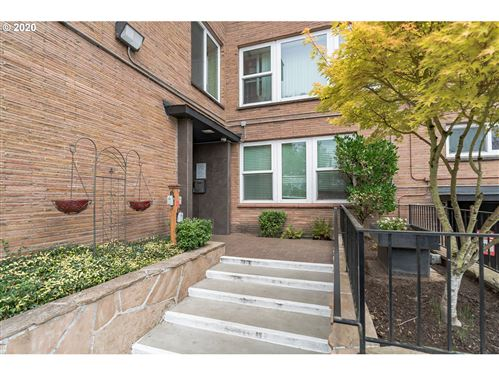 Photo of 1205 SW CARDINELL DR #408, Portland, OR 97201 (MLS # 20488723)