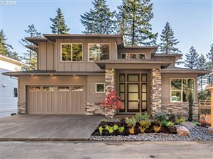 Photo of 4428 SW ORMANDY WAY, Portland, OR 97221 (MLS # 19170724)