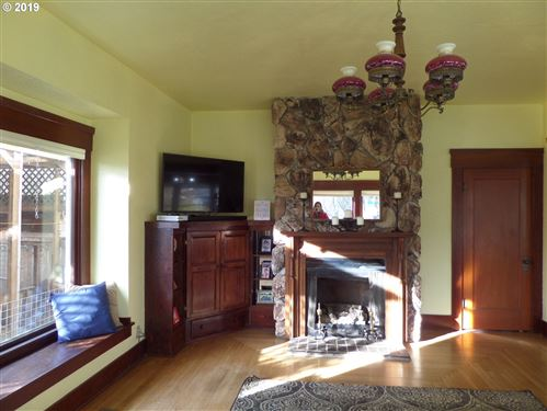 Tiny photo for 301 N 6TH ST, Creswell, OR 97426 (MLS # 19129725)