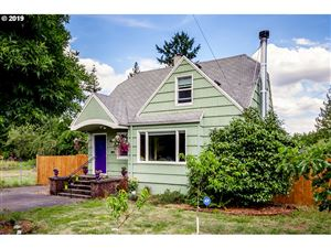 Photo of 6910 SE 62ND AVE, Portland, OR 97206 (MLS # 19152725)