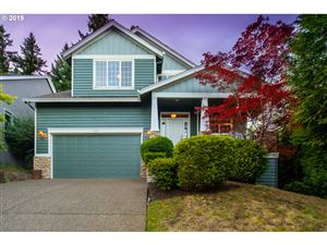 Photo of 15525 SW BEVERLY BEACH CT, Beaverton, OR 97007 (MLS # 19154729)
