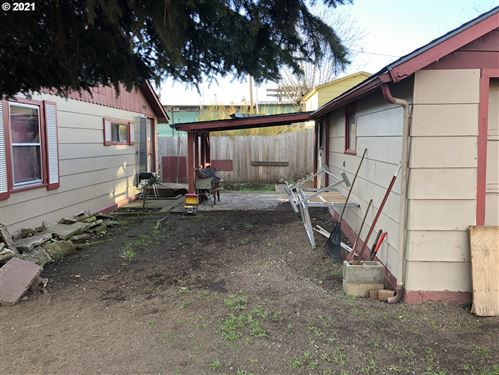 Tiny photo for 76432 ALDER ST, Oakridge, OR 97463 (MLS # 21360730)