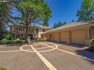 Photo of 4175 SOUTHSHORE BLVD, Lake Oswego, OR 97035 (MLS # 19553735)