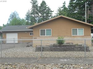 Photo of 4003 SE 171ST AVE, Portland, OR 97236 (MLS # 19509736)