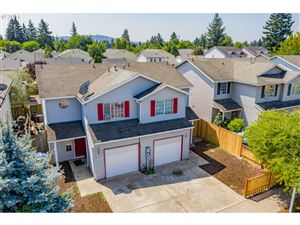Photo of 12616 SE TAGGART ST, Portland, OR 97236 (MLS # 19235739)