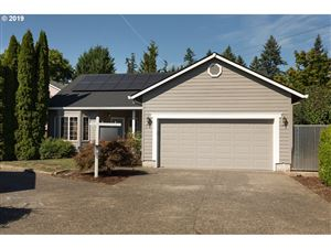 Photo of 373 SE 71ST PL, Hillsboro, OR 97123 (MLS # 19279739)