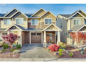 Photo of 14021 PASSAGE PKWY, Oregon City, OR 97045 (MLS # 19494740)