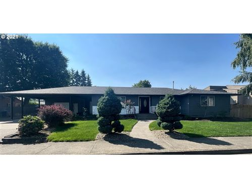 Photo of 525 E 9TH AVE, Junction City, OR 97448 (MLS # 21062741)