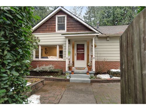Photo of 6710 SW 60TH AVE, Portland, OR 97219 (MLS # 21234741)
