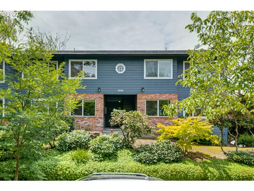 Photo of 1505 SE 22ND AVE #1, Portland, OR 97214 (MLS # 20285742)