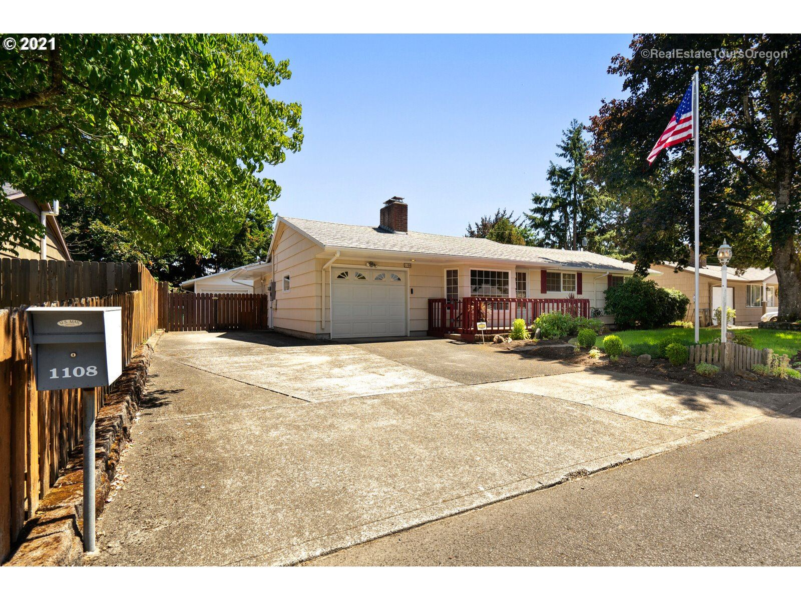 1108 SE 168TH AVE, Portland, OR 97233 - MLS#: 21246742
