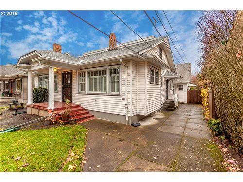 Photo of 31 NE 43RD AVE, Portland, OR 97213 (MLS # 19302744)